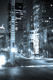 De hoek van de straat bij nacht Royalty-vrije Stock Afbeelding