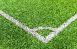De hoek van het voetbalgebied met kunstmatig gras Royalty-vrije Stock Foto's