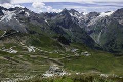 De hoge alpiene weg van Grossglockner Royalty-vrije Stock Afbeeldingen