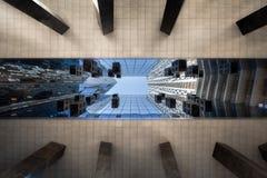 De hoge gebouwen van de stijgingswolkenkrabber Stock Afbeelding
