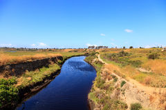 De hogere het Domein van de de Baaiaard van Nieuwpoort winden van de wandelingssleep langs m royalty-vrije stock afbeeldingen