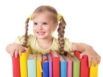 De holdingsstapel van het kind van boeken. Royalty-vrije Stock Afbeelding