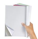 De holdingstijdschrift van de hand Stock Afbeeldingen
