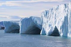 De holen van het ijs Stock Afbeeldingen
