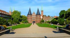 De Holsten-Poort Holstentor in Lübeck, Land schleswig-Holsteinten, Noord-Duitsland stock afbeelding