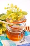 De honing van de linde Stock Afbeeldingen