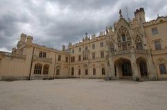 De HoofdBinnenplaats van het kasteel Stock Foto's