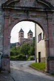 De hoofdingang aan abdij Murbach in Frankrijk Stock Foto's