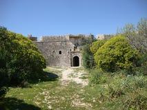 De hoofdingang van Ali Pasha Fort, Himara, Palermo, Zuid-Albanië royalty-vrije stock foto