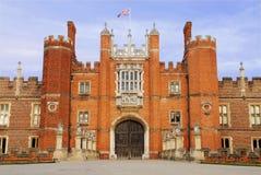 De hoofdingang van het Paleis van het Hampton Court Royalty-vrije Stock Foto