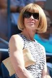 De hoofdredacteur van Vogue-tijdschrift Anna Wintour woont US Open 2016 gelijke bij stock afbeelding