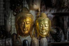 De hoofdstandbeelden van Boedha Stock Afbeeldingen