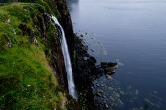 De Hooglanden Skye van de kiltrots Stock Foto