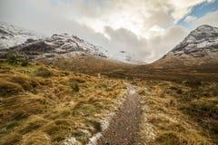 De hooglanden van Schotland dichtbij Glencoe, mooi de winterlandschap voor reis stock foto