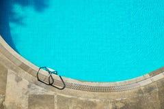 De hoogste mening van de zwembadtrede royalty-vrije stock afbeeldingen