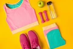 De hoogste vlakke mening, legt Model Sporten en fitness achtergrond Stock Foto