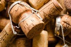 De hoop van champagne en wijn kurkt Royalty-vrije Stock Fotografie