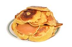 De hoop van pannekoeken ligt in een plaat Royalty-vrije Stock Fotografie