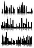 Stadshorizon en Silhouetten Royalty-vrije Stock Afbeeldingen