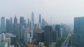 De horizon en de smog van de Guangzhoustad Guangdong, China Lucht Mening stock videobeelden