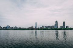 De horizon van Boston over Charles River royalty-vrije stock foto