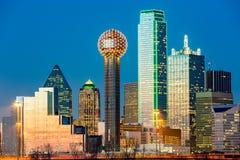 De Horizon van Dallas bij zonsondergang Royalty-vrije Stock Foto