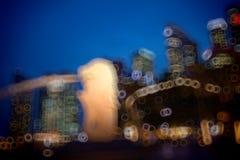 De Horizon van de Stad van Singapore bij Nacht royalty-vrije stock foto's