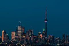 De Horizon van de Stad van Toronto in de Avond Royalty-vrije Stock Afbeelding