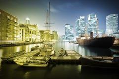 De Horizon van de Werf van de kanarie bij Schemering Stock Foto's