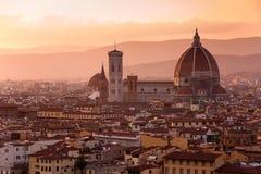 De horizon van Florence bij zonsondergang Stock Foto