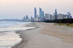 De Horizon van het surfersparadijs - Queensland Australië Stock Afbeelding