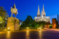 De Horizon van Keulen met Kathedraaldom Stock Foto