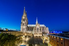 De Horizon van Keulen met Kathedraaldom Royalty-vrije Stock Afbeeldingen