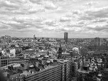 De Horizon van Londen in zwart-wit Stock Foto's