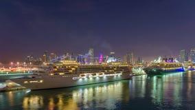 De Horizon van Miami, Florida in Dawn stock videobeelden