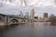 De Horizon van Minneapolis Van de binnenstad Royalty-vrije Stock Foto's