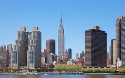 De Horizon van New York met de Bouw van de Staat van het Imperium Stock Afbeelding