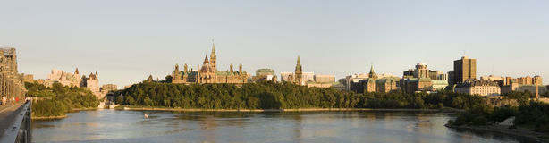De horizon van Ottawa bij zonsondergang Royalty-vrije Stock Foto