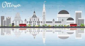 De Horizon van Ottawa met Gray Buildings, Blauwe Hemel en Bezinningen Royalty-vrije Stock Foto's