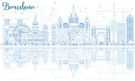 De Horizon van overzichtsbarcelona met Blauwe Gebouwen en Bezinningen Royalty-vrije Stock Fotografie