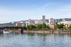De horizon van Portland, Oregon royalty-vrije stock afbeeldingen