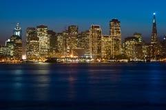 De horizon van San Francisco bij Kerstmis Stock Afbeeldingen