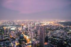 De horizon van satellietbeeldbangkok van Mahanakorn-de Bouw in Bangkok, Thailand stock afbeelding