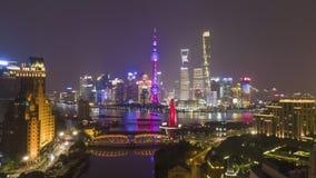 De Horizon van Shanghai bij Nacht r China Lucht Hypertijdspanne, Tijd stock footage
