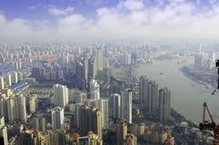 De horizon van Shanghai het overzien Stock Afbeeldingen