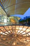 De Horizon van Singapore in de avond Stock Afbeeldingen