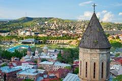 De horizon van Tbilisi, Georgië Stock Afbeelding