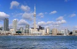 De horizon van Toronto op een winderige dag Royalty-vrije Stock Afbeelding