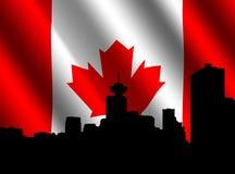 De horizon van Vancouver met Vlag Stock Afbeelding