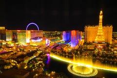 De horizon van Vegas van Las bij nacht